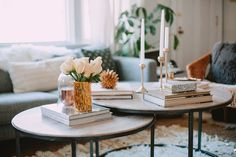 Tips For Decorating Your Coffee Table | theglitterguide.com