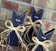 cats from old fence posts