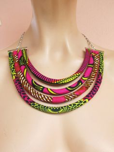 Collier plastron style africain africaine mode / coloré par nad205