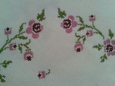 This Pin was discovered by ecr Diy And Crafts, Cross Stitch, Embroidery, Pattern, Handmade, Album, Youtube, Hand Embroidery Stitches, Cross Stitch Embroidery