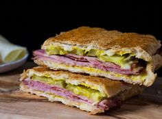 9 Cuban Bread Recipes Packed With Authentic Flavors | http://homemaderecipes.com/cuban-bread-recipes/
