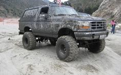 Ford 4x4, Ford Bronco, Jeep Truck, Lifted Trucks, Cool Trucks, Broncos, Jeeps, Offroad, Monster Trucks