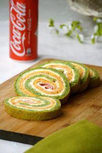 Šarena slana rolada Cake Recipes, Dessert Recipes, Desserts, Appetizer Recipes, Appetizers, Food Humor, Funny Food, Stromboli, Natural Medicine