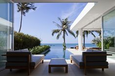 Stunning Modern Beach House by MM++ Architects