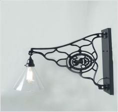 Light Scone- Ideas to Decorate with Old Sewing Machine Stands