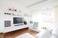 open shelving above tv layout