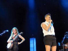 Emily Robison & Natalie Maines of the Dixie Chicks | Flickr - Photo Sharing!