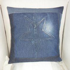 Housse de coussin en jean récup avec son étoile