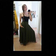 Green dress wool dress midi dress pleated dress fit and Black Linen Pants, Linen Pants Women, Long Wool Skirt, Wool Skirts, Warm Dresses, Linen Dresses, Blue Skirt Outfits, Wine Red Dress, Dress Black