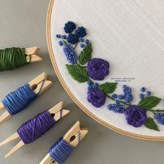 Hand Embroidery Letters, Hand Embroidery Patterns Flowers, Hand Embroidery Tutorial, Embroidery Flowers Pattern, Hand Embroidery Stitches, Hand Embroidery Designs, Folk Embroidery, Indian Embroidery, Vintage Embroidery