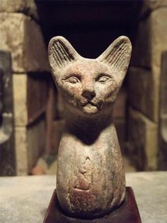 Egyptian Cat Statue of Bast Bastet A Goddess of Music Dance Joy Hunting Cats In Ancient Egypt, Ancient Egypt Civilization, Ancient Egyptian Deities, Ancient Artifacts, Ancient Civilizations, Ancient History, Egyptian Cats, Egypt Art, Matou