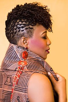 17 On-Trend Stylish and Simple Haircuts for Black Women New Natural Hairstyles - Natural Hair Styles Curly Pixie Hairstyles, New Natural Hairstyles, Dreadlock Hairstyles, African Hairstyles, Braided Hairstyles, Black Hairstyles, Side Hairstyles, Modern Hairstyles, Pixie Haircut