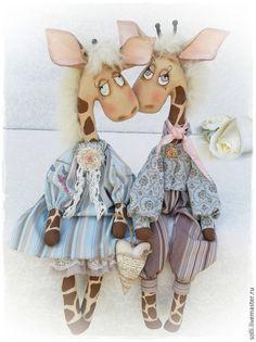 Ароматизированные куклы ручной работы. Ярмарка Мастеров - ручная работа. Купить Влюблённые жирафики интерьерные куклы. Handmade. Бежевый