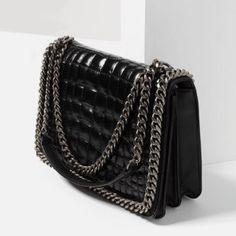 Minimalist Bags - My Minimalist Living Minimalist Bag, Latest Bags, Zara Bags, Branded Bags, City Bag, Backpack Purse, Cloth Bags, Zara Women, Women's Handbags