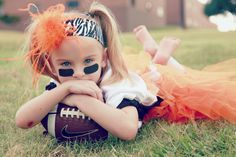 @Marisa McClellan Monroe Such a cute idea for the footbal outfits   Kids Photography  http://www.lacinottleyphotography.com