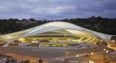 Liège-Guillemins TGV Railway Station Liège/Luik, Belgium;  designed by Santiago Calatrava;  photo from topboxdesign