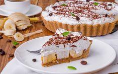 NE PEČE SE: Brza torta sa bananama i keksom, bez mleka i jaja - stvarukusa British Desserts, British Sweets, Eton Mess Dessert, Pie Dessert, Dessert Recipes, Sticky Toffee Pudding, Banoffee Pie, Ice Cream Desserts, Easy Desserts