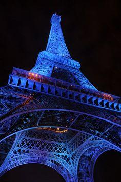 Paris, France, Eiffel Tower, Saul Santos Diaz - photographer