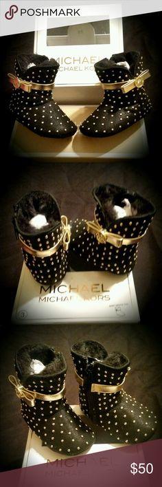 🎉HP🎉 Infant Michael Kors boots Beautiful infant girl Michael Kors boots size 3 KORS Michael Kors Shoes Boots