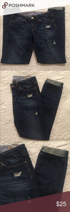 Size 27/4 Gap Jeans Super cute and clean cut Gap Jeans size 27/4. I love the look of these, the dark blue, easy to dress up or lounge around in. The bottom unrolls but usually wore with it cuffed because I like the look GAP Jeans