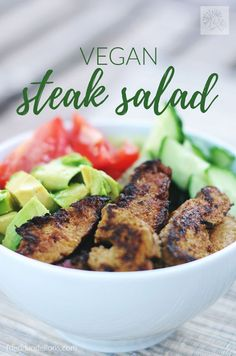 This Vegan Steak Salad is sure to top your list of warm weather favorites!  It has a bright and zingy dressing, tons of fresh veggies, and is packed with protein! via @frieddandelions