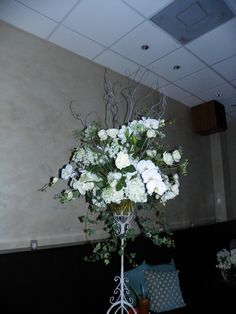Arrangement in French Wire Stand