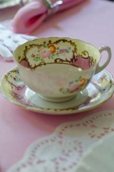 Vintage teacup & saucer set