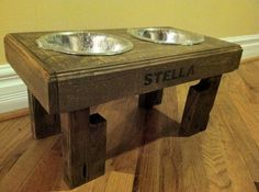 Pallet Recycled Recycled pallet dog stand pet feeding station with 2 brand new stainless steel bowls.chestnut finish L X W X T Diy Crafts For Home Decor, Mobile Home Decorating, Easy Home Decor, Cheap Home Decor, Decorating Your Home, Decorating Tools, Japanese Home Decor, European Home Decor, Home Decor Catalogs