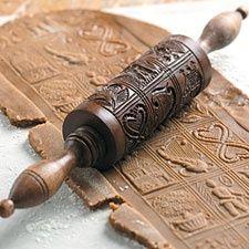 Rolling pin to make cookies.