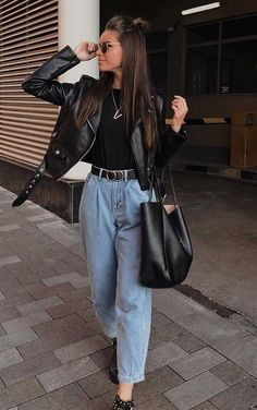 Dcouvrez les tendances mode automne 2019 hiver 2020 chez zara mango asos chloe women summer outfits that always looks fantastic page 2 of 55 Winter Fashion Outfits, Look Fashion, Spring Outfits, Autumn Fashion, Zara Fashion, College Winter Outfits, Fashion Styles, Retro Fashion, Womens Fashion