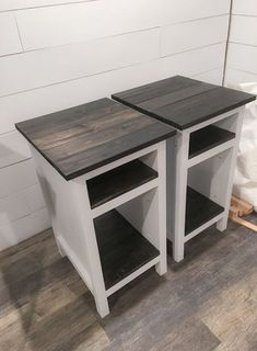 Ana White Bedside End Tables - DIY Projects Farmhouse style planked wood Diy Wood Projects, Furniture Projects, Furniture Plans, Diy Furniture, Furniture Websites, Furniture Storage, Wood Crafts, Bedroom Furniture, White Wood Furniture