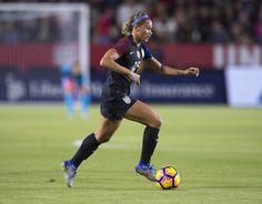 Gallery: U.S. WNT Wraps Up 2016 with 5-0 Victory vs. Romania - U.S. Soccer Team Player, Soccer Players, Lynn Williams, Soccer Pictures, Us Soccer, Own Goal, Team Usa, One Team, First Nations