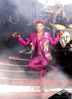 Queen + Adam Lambert - Los Angeles, CA - Hollywood Bowl 2 - 06/27/17 - alikat1323