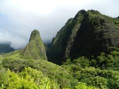 Iao Needle, Maui. Best visited early morning. Half Dome, Early Morning, Maui, Waterfall, Mountains, Nature, Travel, Naturaleza, Viajes