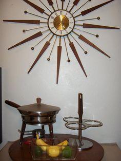 The kitchen of @Terree Connett - Love the clock!
