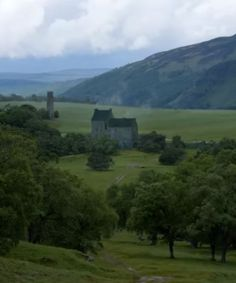 22 I saw Jamie's head rise, and fix as he saw the home farm of Lallybroch below. He stood quite still for a minute, not speaking, but I saw his shoulders lift and set themselves square. The wind caught his hair and the folds of his plaid lifted them, as though he might rise into the air, joyous as a kite.