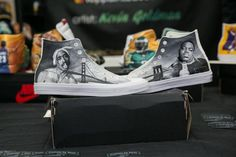 Shoe lovers sell, score high-end footwear at Sneaker Con NYC in Javits  Center - Imadeufamous