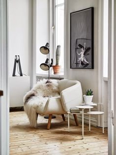 my scandinavian home: A fabulous Swedish apartment in neutrals