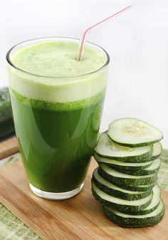Suco verde de pepino