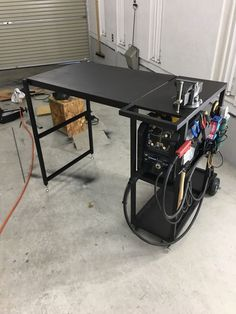 Welding Table Diy, Welding Cart, Welding Shop, Welding Tools, Metal Welding, Welding Projects, Welding Bench, Metal Work Bench, Welding Workshop