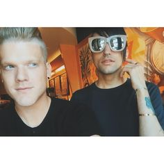 Scott and Mitch and His Frames