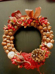 podzimní věnec z darů přírody