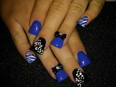 Blue duckfeet nails