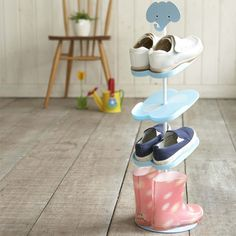 We need a few of these for Z's collection but how cool is this shoe rack for little ones?!