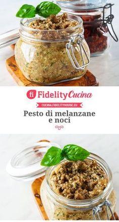 Pesto di melanzane e noci Nut and eggplant pesto Raw Food Recipes, Veggie Recipes, Pasta Recipes, Italian Recipes, Vegetarian Recipes, Cooking Recipes, Healthy Recipes, Salsa Italiana, Vegetarian