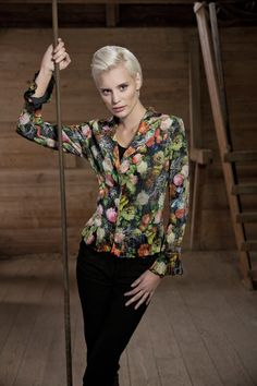 Kriss fashion. Lovely romantic jacket www.kriss.eu