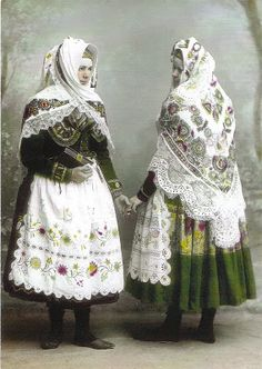 Frank Trnka's Czech Adventure: Blata Kroje (Folk costumes from Blata region)