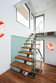 Différents designs d' escalier flottant - une modernité étrange - Archzine.fr