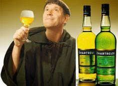 Babcia radzi coś...: Chartreuse - francuski likier. Fascynująca historia Grande Chartreuse zaczyna się od św. Brunona, urodzonego w Kolonii w 1030 r., scholastyka, działającego na uniwersytecie w Reims. Wraz ze swym przyjacielem św. Hugonem wzniósł w alpejskiej dolinie masywu Chartreuse kaplicę i drewniane cele dla zakonu kartuzów, którego reguła nakazuje milczenie.