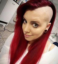 WEBSTA @ love.shaved.hair - Smooth sidecut @mille_anonymus #baldgirl #buzzcut #undercut #headshave #sidecut